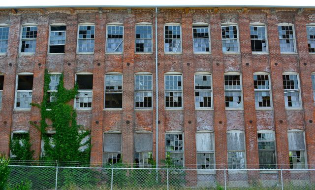Teoria rozbitych okien